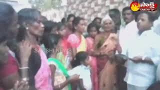 YSRCP Leader Naveen Nischal Participates Ravali Jagan - Kavali Jagan Programme in Hindupuram