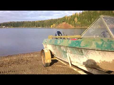 лодка крым под мотором 9.9