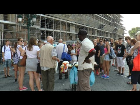 Napoli - La città stracolma di turisti -live- (09.08.14)