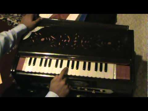 How to play Bhajan AND Film Song on Harmonium