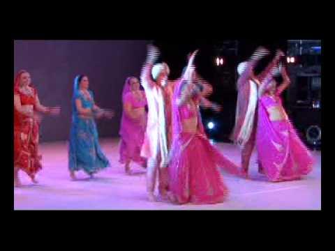 Dholi taro dhol baaje- Moonsun bollywood dance company Slovenia...