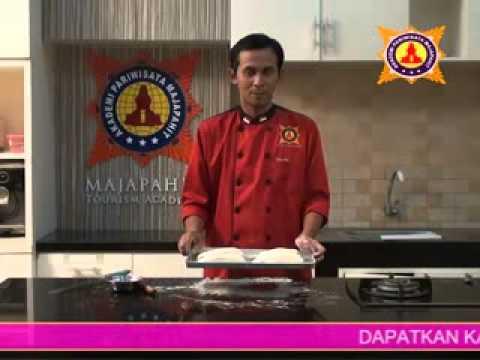 praktek resep cara membuat crocodile bread. akpar majapahit surabaya