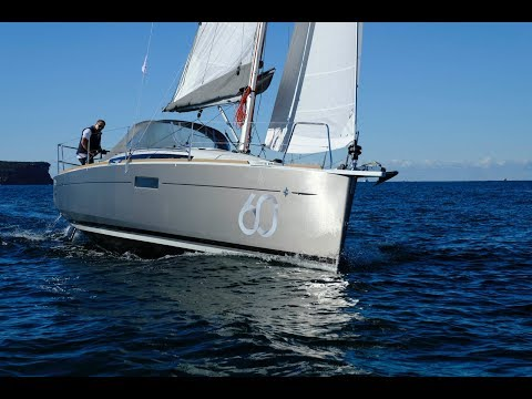 Jeanneau 349 Rock My Boat Show Review