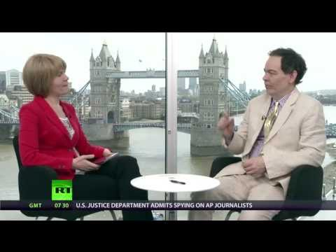 Keiser Report: Decapitated Consumers (E444)