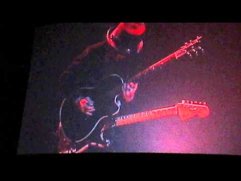 Mick Mars Solo