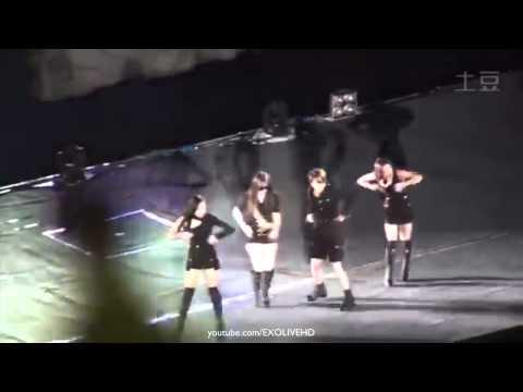 [Fancam] 141018 Moments Before f(x) Krystal Fainted at SMTOWN Shanghai