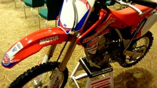 Honda CRF150R 2015 with Cup Pata Graphics