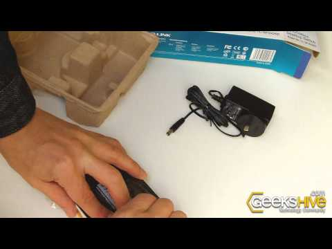 5-Port 10/100Mbps Desktop Switch TL-SF1005D TP-Link - Unboxing by www.geekshive.com