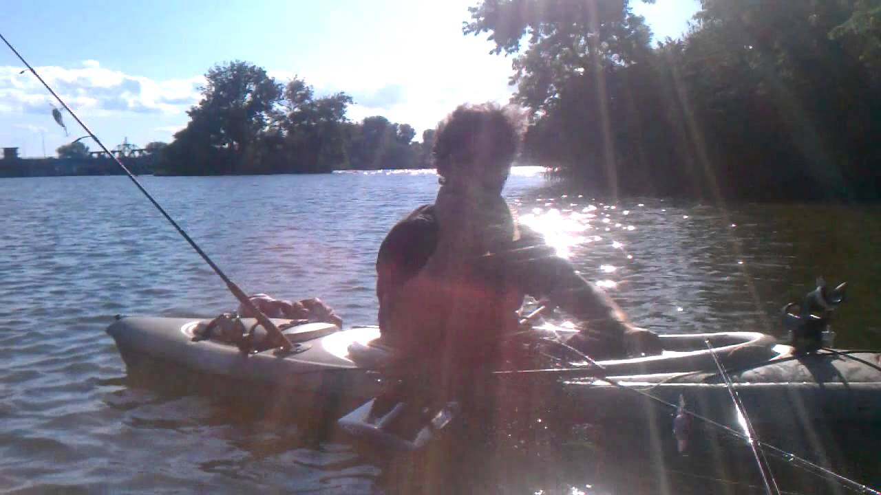 Kayak bass fishing in the saginaw river youtube for Saginaw river fishing report