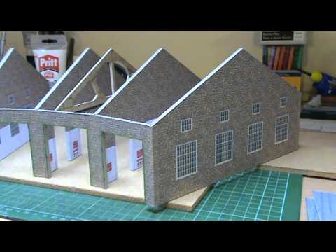 Wordsworth Model Railway 92 - Building a Card Roundhouse Kit.