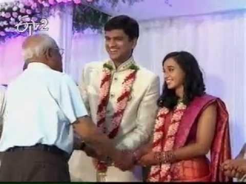 CPI Narayana son's wedding in communist style
