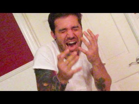 SHOT IN THE FACE! (10.12.14 - Day 1992)