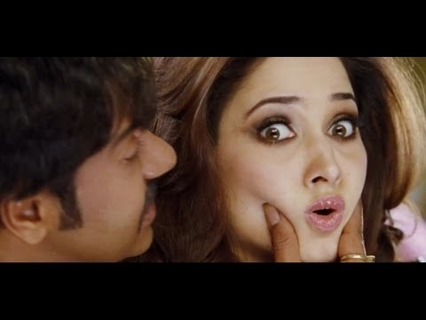 Himmatwala I Ajay saves Tamannaah from Tiger I Action scene