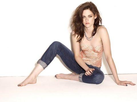Kristen Stewart 'Twilight Saga' star posing barefoot in strapless top