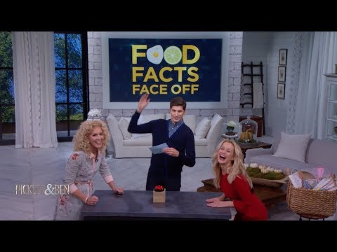 Kellie and Kimberly Schlapman Play Food Facts Face Off! - Pickler & Ben