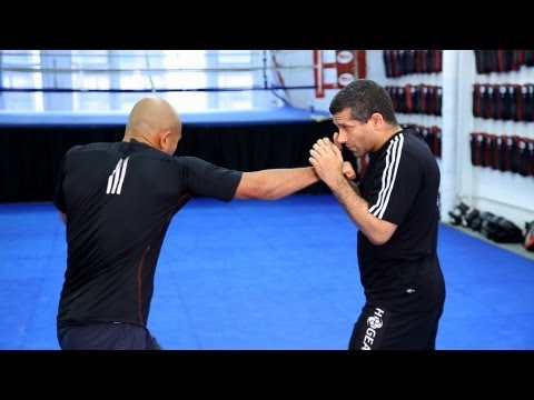 Basic Strike Combinations | MMA Fighting Techniques Image 1