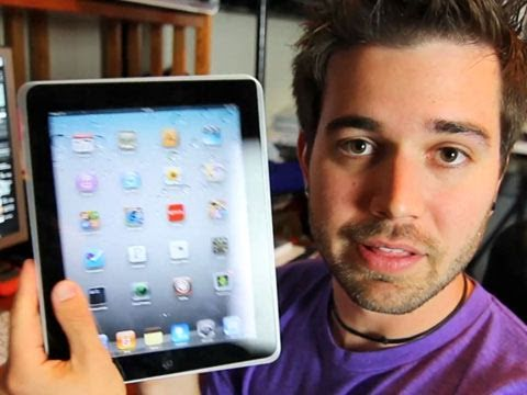 Ultimate iPad 2 Review Of DOOOOOM!