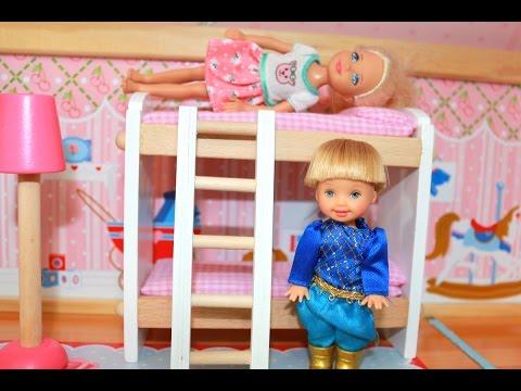 KidKraft Dollhouse Disney Princess Play-Doh Frozen Toby Builds KidKraft Chelsea Club House Barbie
