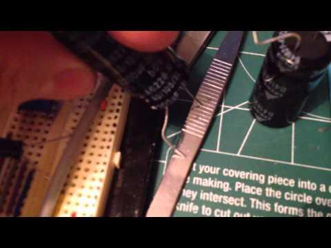 Исследование фонарика 30W. Влияние конденсаторов.