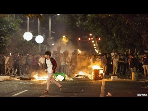 China Shows Taiwan How to Handle Protesters | China Uncensored