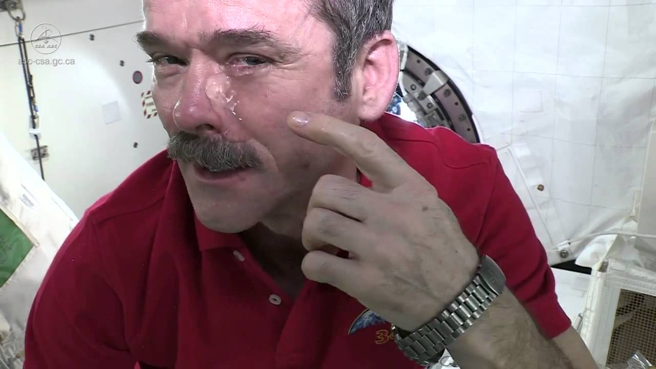 astronauts less facial wrinkles in space