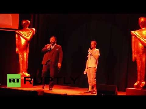 France: Dieudonne hands out Quenelle awards to Anelka, soldiers