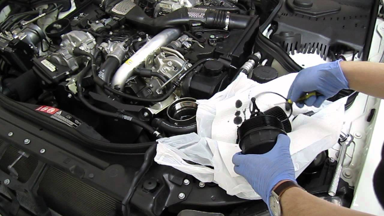 Mercedes E320 Bluetec Om642 Oil Change Youtube