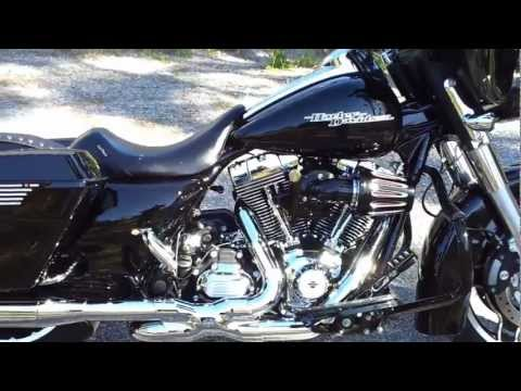 2012 Harley Davidson Custom FLHX Street Glide W/ Vance & Hines Power Duals Hi-Output slip-ons.Part 2