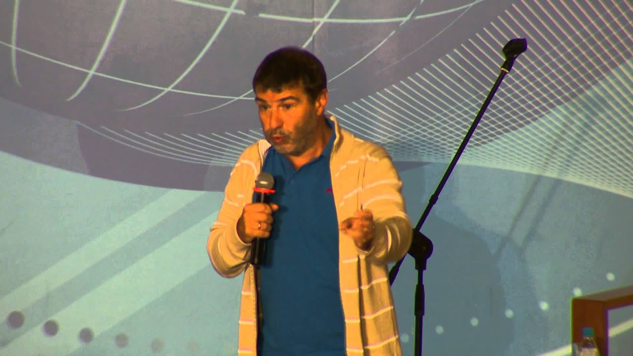 Евгений Гришковец призывал первокурсников бросать журфак