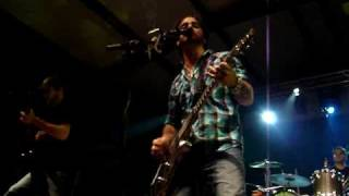 Watch Cross Canadian Ragweed Overtable video