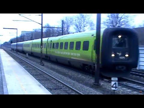 Der ses IC3, IC4, IR4, dobbeltdækker med ME og S-tog. Et af de mest trafikkerede strækninger i Danmark.