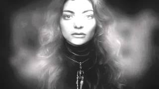 Watch Lorde Swingin Party video