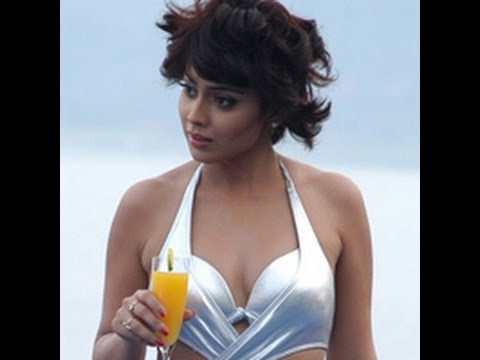 Shriya turns down the controversial Ad