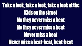 Watch Kaiser Chiefs Never Miss A Beat video