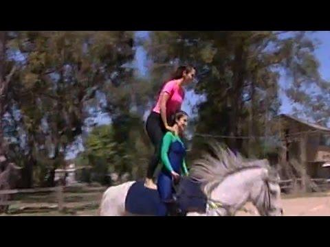 Las piruetas de Martina Graf a caballo