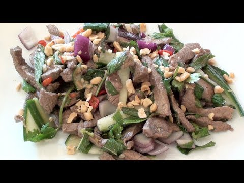 THAI BEEF SALAD WITH &#8216;NAM JIM&#8217; &#8211; VIDEO RECIPE