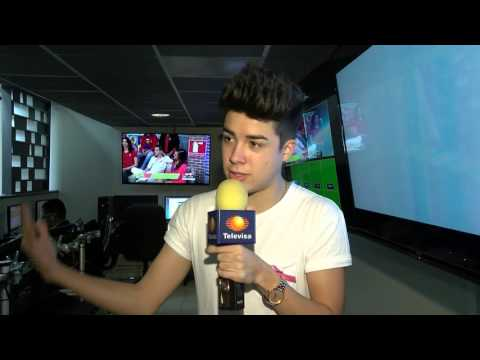 Las Noticias - Mario Bautista desata la locura en su visita a Monterrey