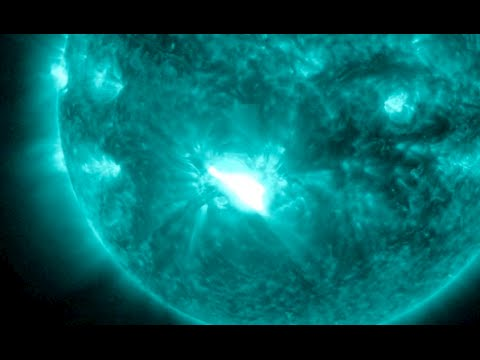 X Class Solar Flare, Exo-comets, Eclipse | S0 News October 23, 2014