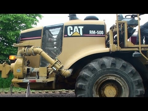 CAT RM-500 Road Reclaimer in Action - Asphalt Road Milling Machine