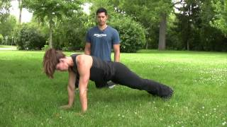 In Motion: Core training - Spiderman Plank Crunch