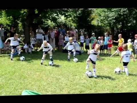Maxiraba Piłka Nożna Dzieci AKADEMIA MAŁEGO PIŁKARZA W Słonecznym Promyku