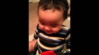 2013 Baby's laundry laugh