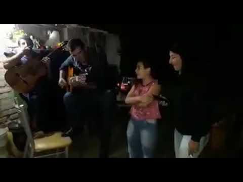Barbara Gonzalez - Cuyaneando un rato