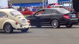 Mercedes C63 AMG vs VW Beetle oldschool Käfer 1/4 Mile Drag Race Viertelmeile Rennen Volkswagen