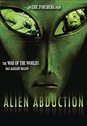 """Vezi filmul online Alien Abduction 2014, în calitate HD 720p şi cu subtitrare în Română.  Alien Abduction are la bază evenimente reale despre """"Luminile din Brown Mountain"""" care au dat naştere multor speculaţii şi teorii ale conspiraţiei. """"Toată lumea de aici ştie că se petrec lucruri stranii"""","""
