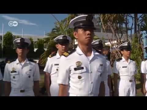 Sailors from the Philippines | Made in Germany