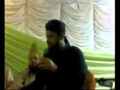 Dare Nabi Saw Par Yeh Umar Beetay - Owais Qadri video