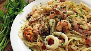 Spaghetti com frutos do mar
