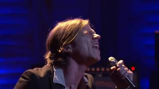 "Cage The Elephant ""Trouble"" 2/03/16 - Live at Conan"