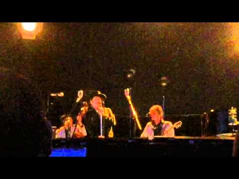 Bob Dylan in Mainz - Full Moon And Empty Arms live 2015
